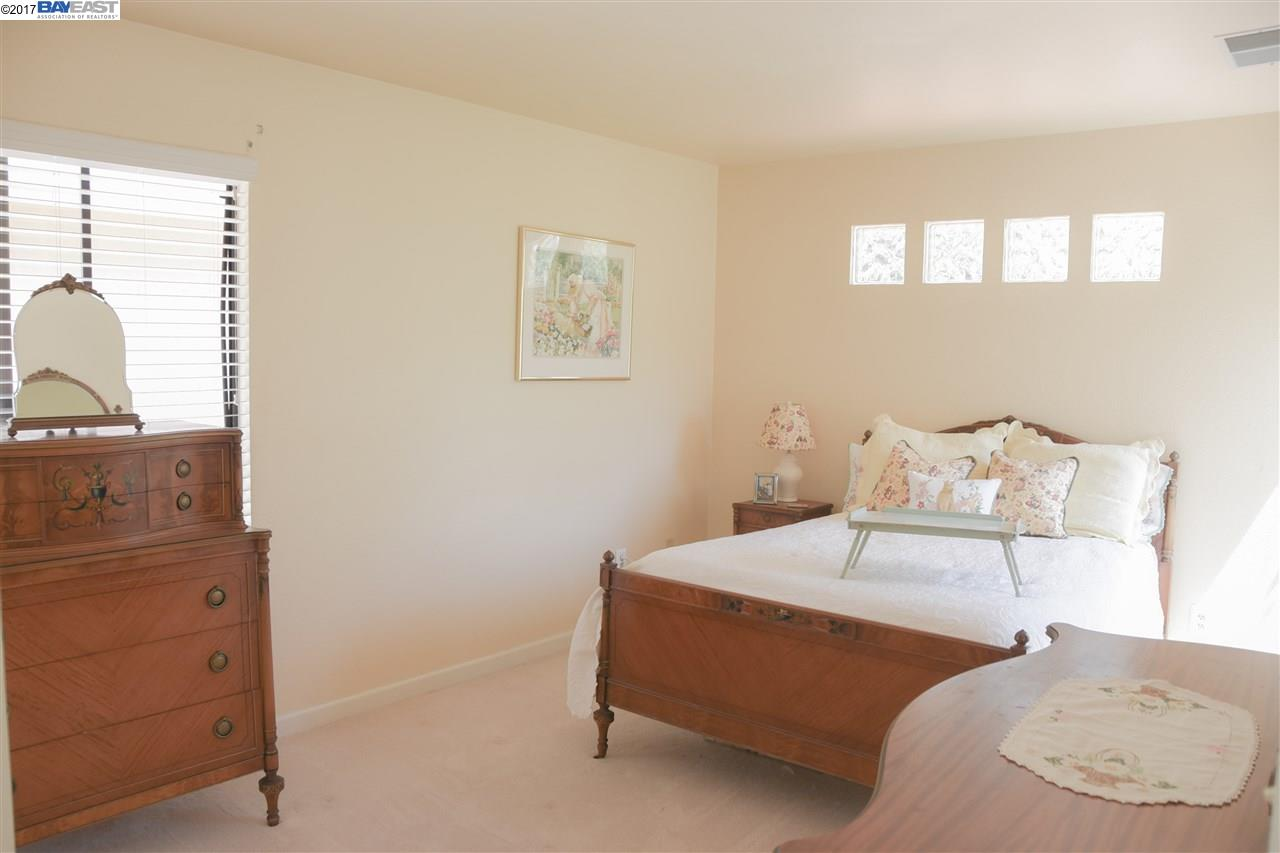 Additional photo for property listing at 735 Lakemont Place  San Ramon, カリフォルニア 94582 アメリカ合衆国