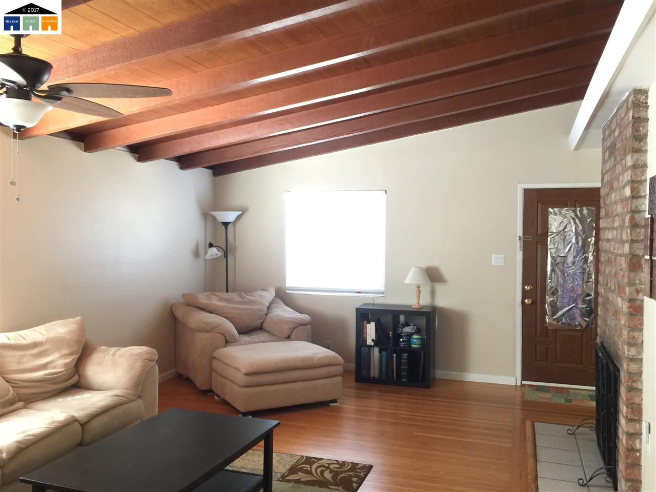 Additional photo for property listing at 24765 Calaroga Avenue  Hayward, カリフォルニア 94545 アメリカ合衆国