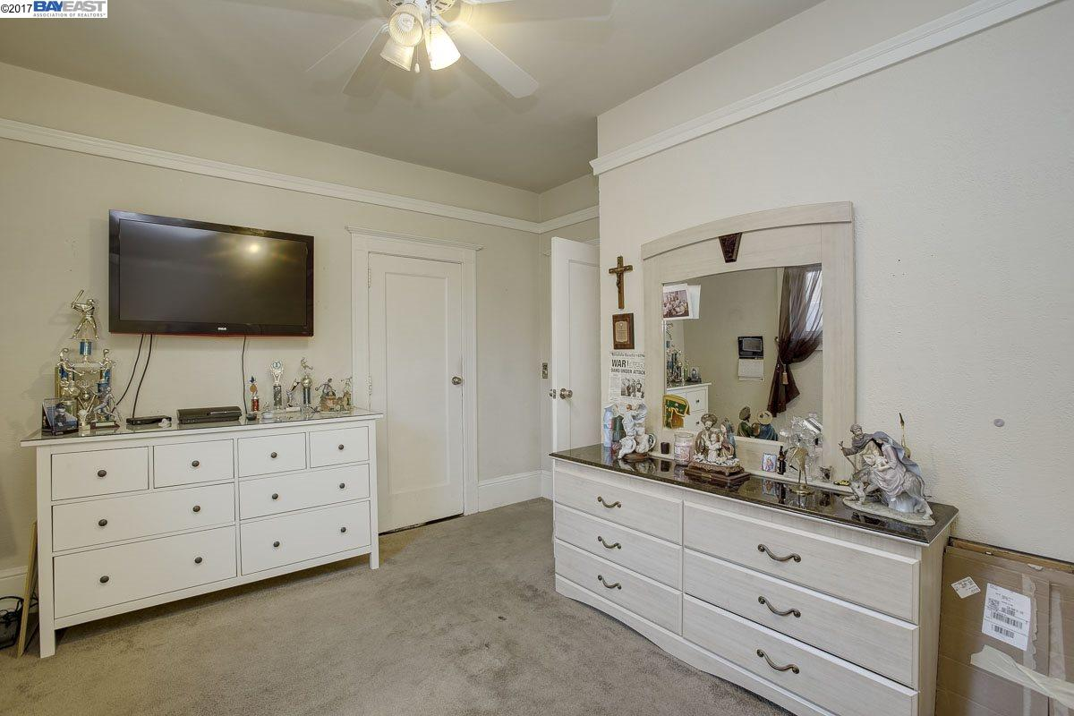 Additional photo for property listing at 1603 41st Avenue  Oakland, California 94601 United States