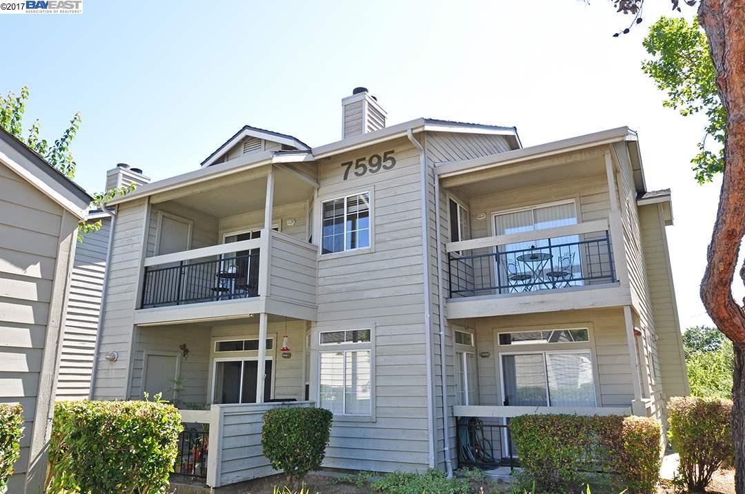Кондоминиум для того Продажа на 7595 Canyon Meadows Circle Pleasanton, Калифорния 94588 Соединенные Штаты