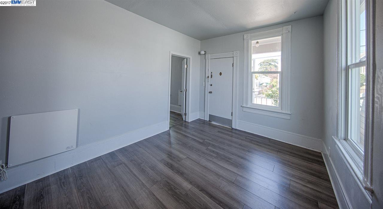 Additional photo for property listing at 2127 E 21St Street  Oakland, California 94606 United States