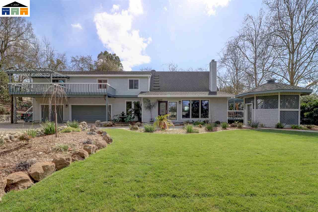 Single Family Home for Sale at 12403 Herzog Road 12403 Herzog Road Courtland, California 95615 United States