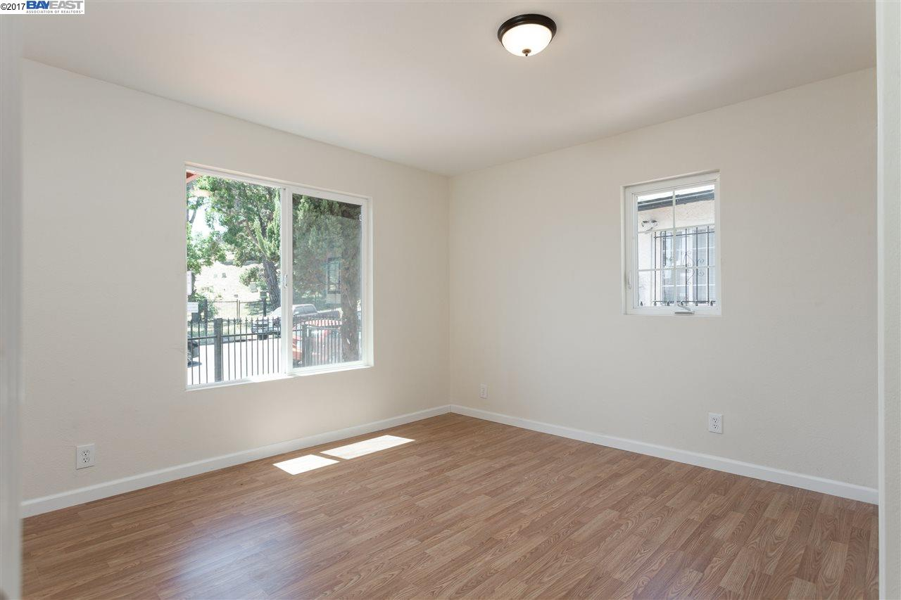 Additional photo for property listing at 6736 Macarthur Blvd  Oakland, California 94605 Estados Unidos