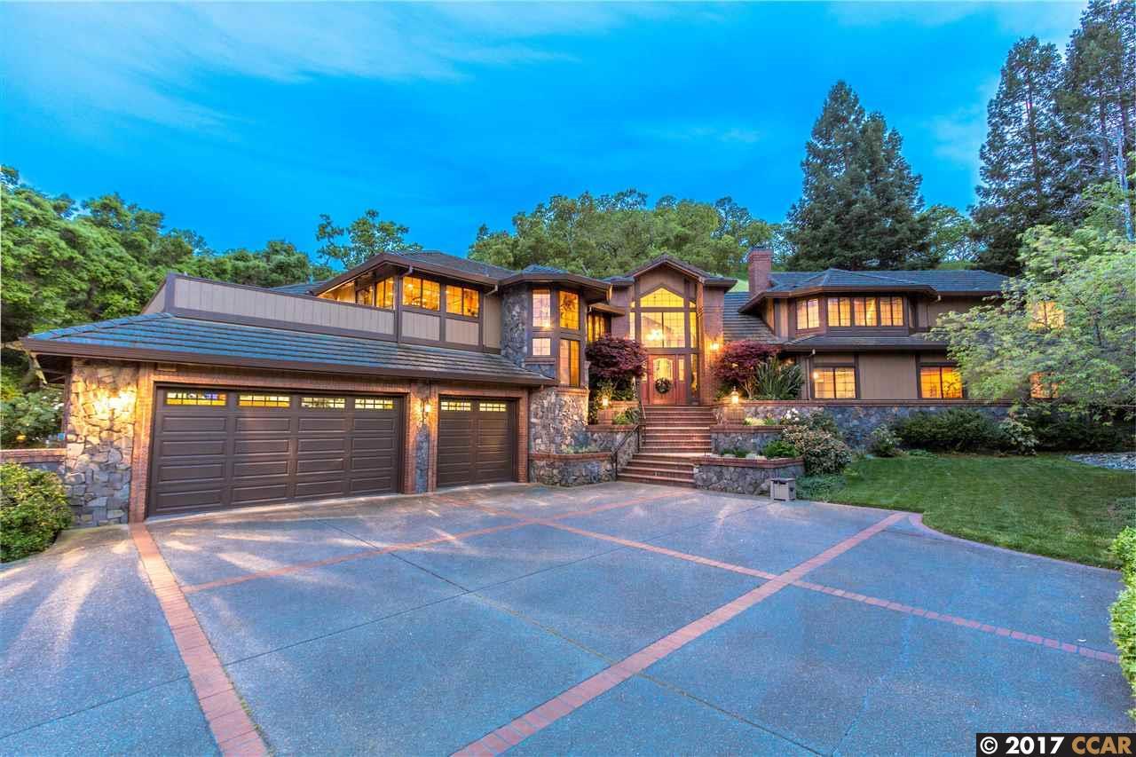 Частный односемейный дом для того Продажа на 3320 Johnson Road Lafayette, Калифорния 94549 Соединенные Штаты