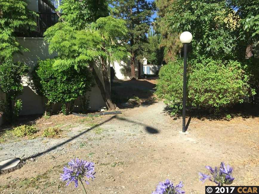 Additional photo for property listing at 1600 Laguna Street  Concord, Californie 94520 États-Unis