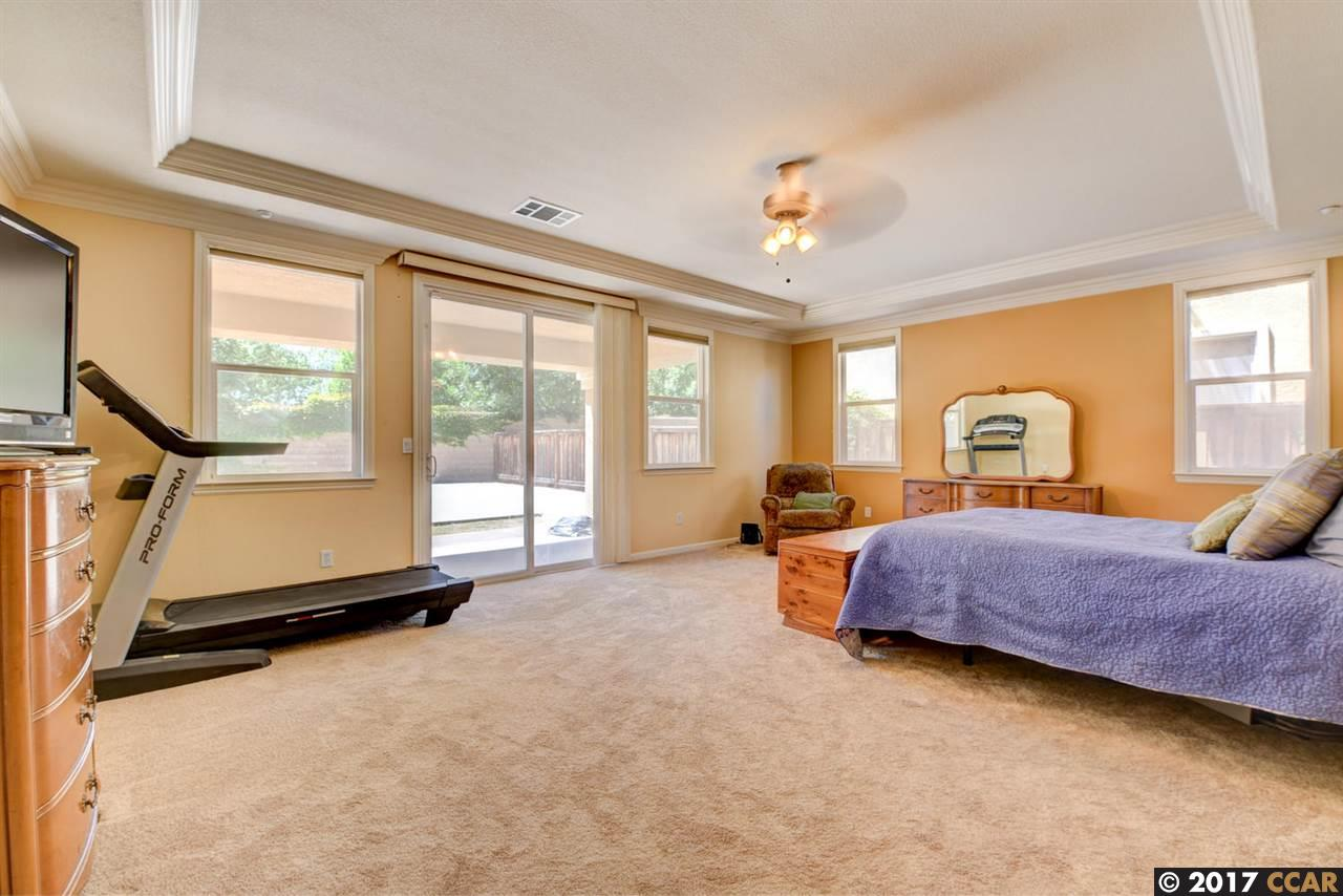 Additional photo for property listing at 1837 Tanglewood Lane  Brentwood, 加利福尼亞州 94513 美國
