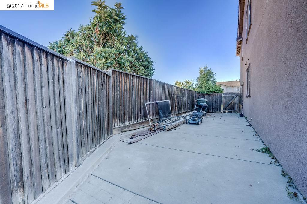 Additional photo for property listing at 5021 Deerspring Way  Antioch, Californie 94531 États-Unis