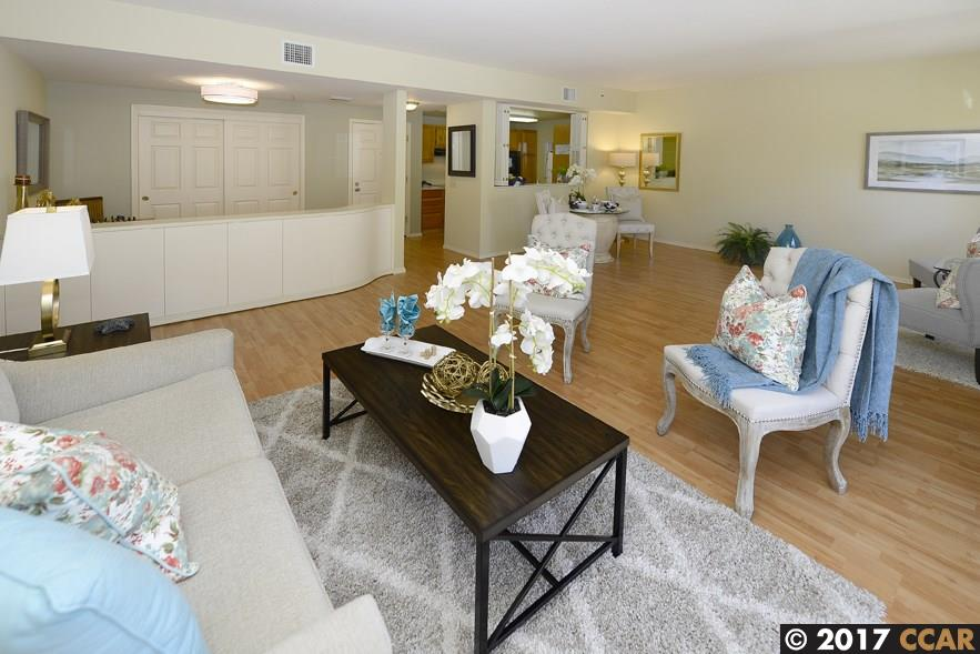 Additional photo for property listing at 1840 Tice Creek Drive 1840 Tice Creek Drive Walnut Creek, Kalifornien 94595 Vereinigte Staaten