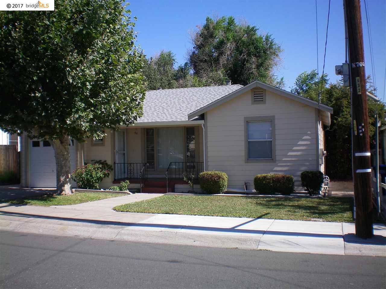 Casa Unifamiliar por un Alquiler en 66 Linscheid Drive Pittsburg, California 94565 Estados Unidos