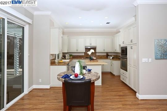 Additional photo for property listing at 1363 Melanie Way  Livermore, Californie 94550 États-Unis