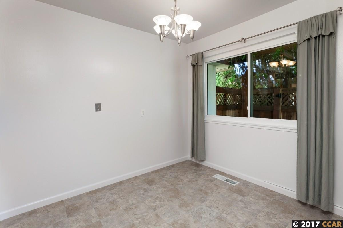 Additional photo for property listing at 119 Ascot Court  Moraga, California 94556 United States