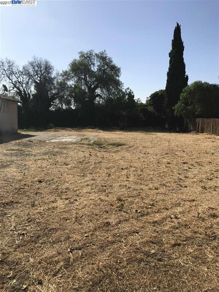 Additional photo for property listing at 4092 Decoto Road  Fremont, California 94555 United States