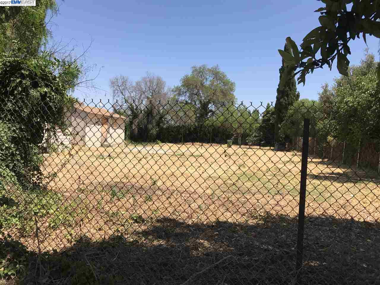 Additional photo for property listing at 4092 Decoto Road 4092 Decoto Road Fremont, Californie 94555 États-Unis