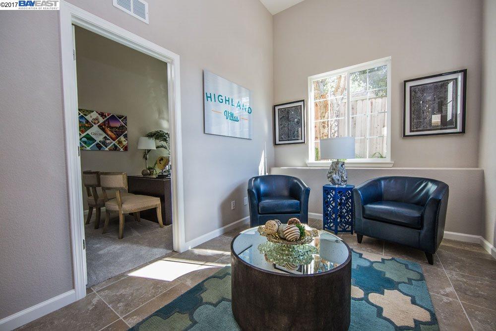 Additional photo for property listing at 26540 Hayward blvd  Hayward, California 94542 United States
