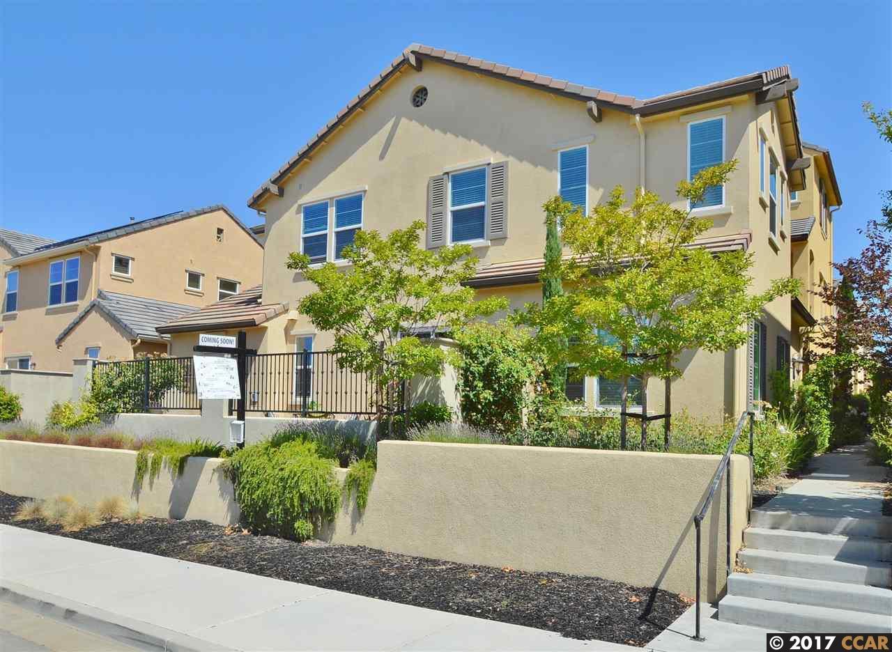 Maison unifamiliale pour l Vente à 3332 Araldi Lane Dublin, Californie 94568 États-Unis
