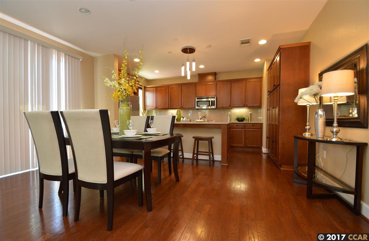 Additional photo for property listing at 3332 Araldi Lane  Dublin, カリフォルニア 94568 アメリカ合衆国