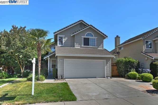 Casa Unifamiliar por un Venta en 5360 Starflower Way Livermore, California 94551 Estados Unidos
