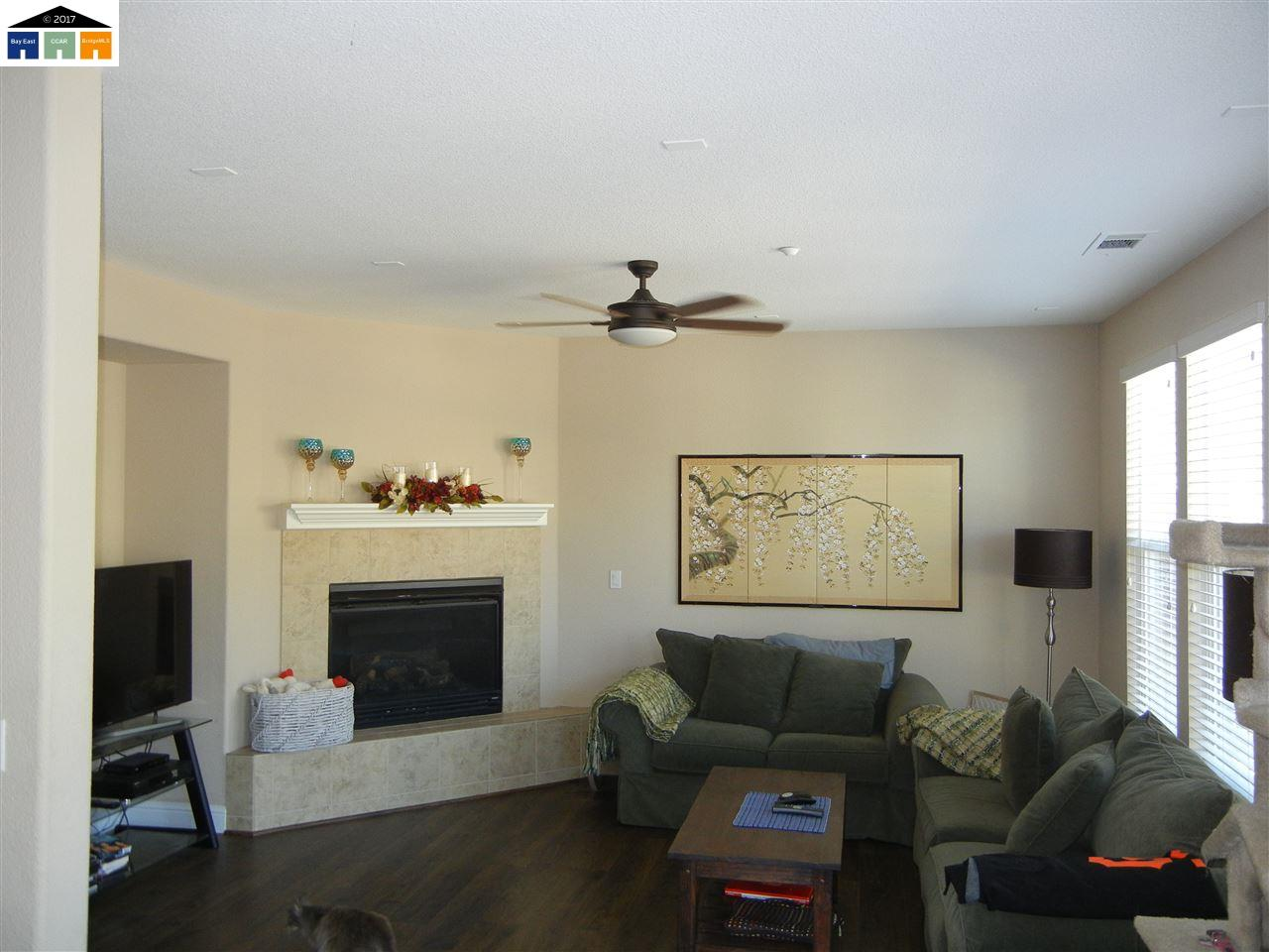 Additional photo for property listing at 49 Nettle 49 Nettle Oakley, California 94561 Estados Unidos