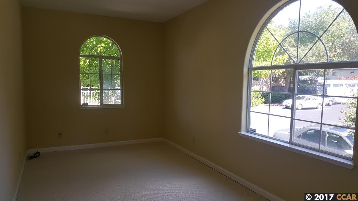 Additional photo for property listing at 5819 LASSEN STREET 5819 LASSEN STREET El Cerrito, California 94530 United States