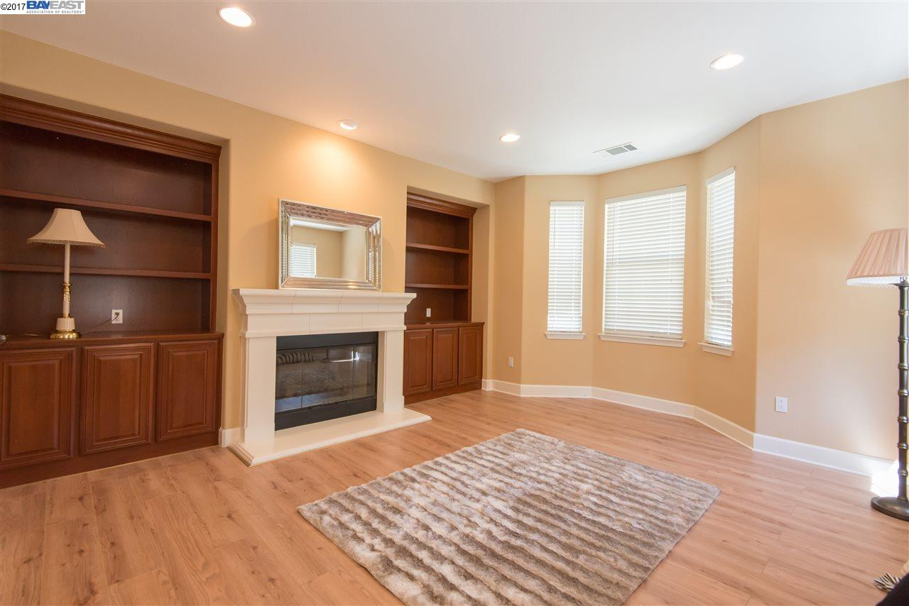 Additional photo for property listing at 2927 Silva Way  San Ramon, カリフォルニア 94582 アメリカ合衆国