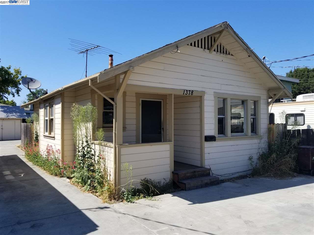 一戸建て のために 売買 アット 1378 B Street Hayward, カリフォルニア 94541 アメリカ合衆国