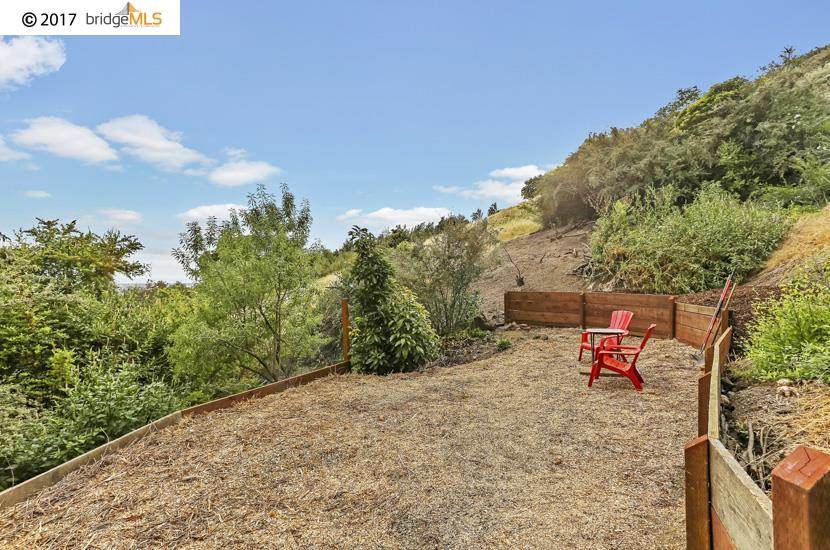 Additional photo for property listing at 3055 Bantry Avenue  Oakland, Kalifornien 94605 Vereinigte Staaten