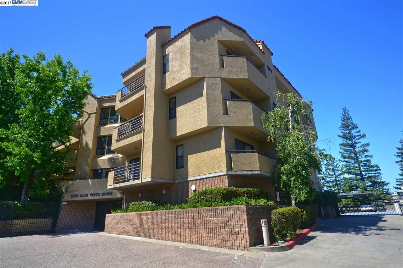 Condominio por un Venta en 1201 Alta Vista Drive Walnut Creek, California 94596 Estados Unidos