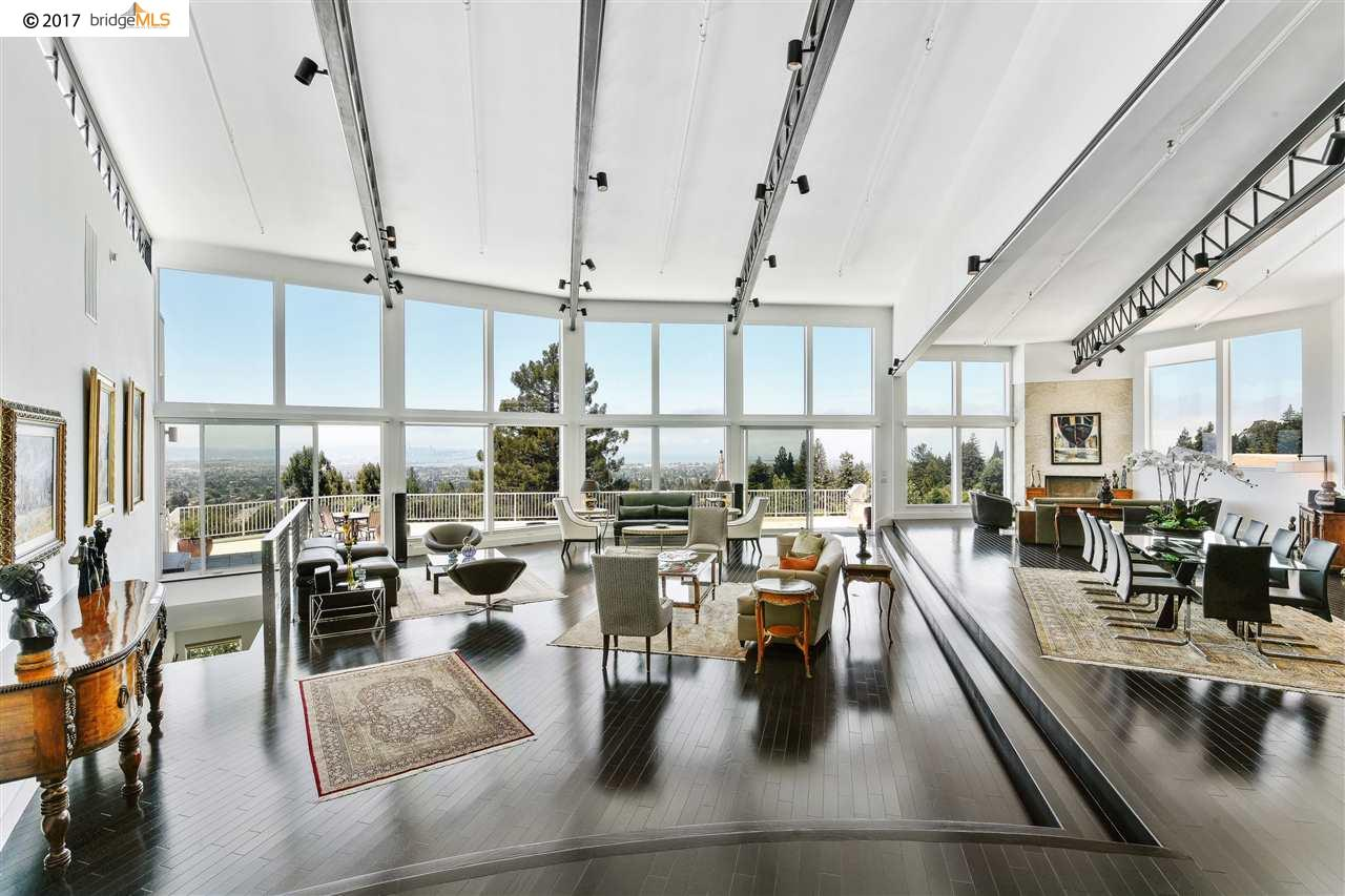 Oakland                                                                      , CA - $2,995,000