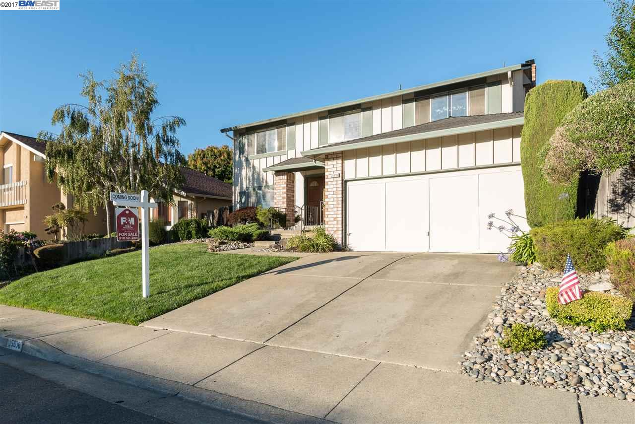 Additional photo for property listing at 25638 W Camino Vista  Hayward, Californie 94541 États-Unis