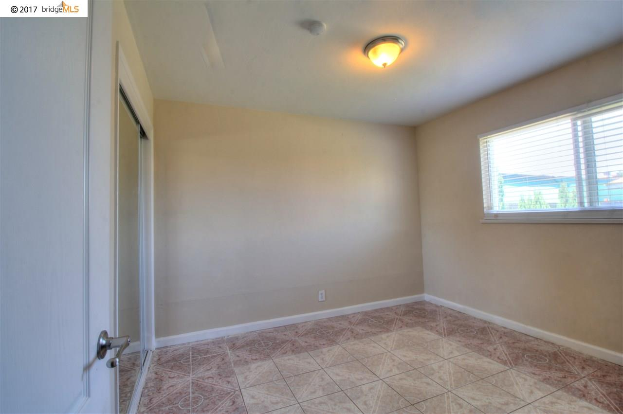 Additional photo for property listing at 2919 14Th Street  San Pablo, California 94806 United States
