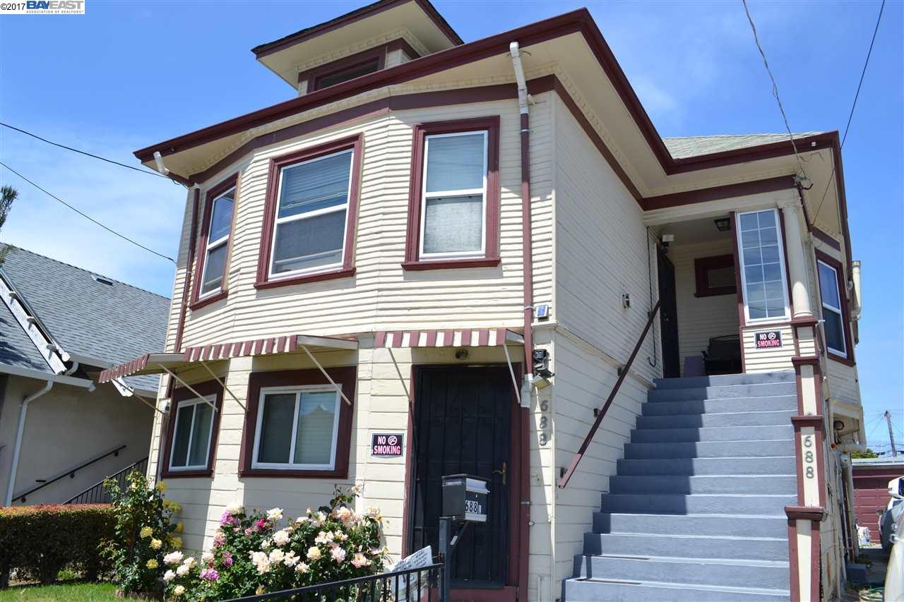 Maison avec plusieurs logements pour l Vente à 688 43Rd Street Oakland, Californie 94609 États-Unis