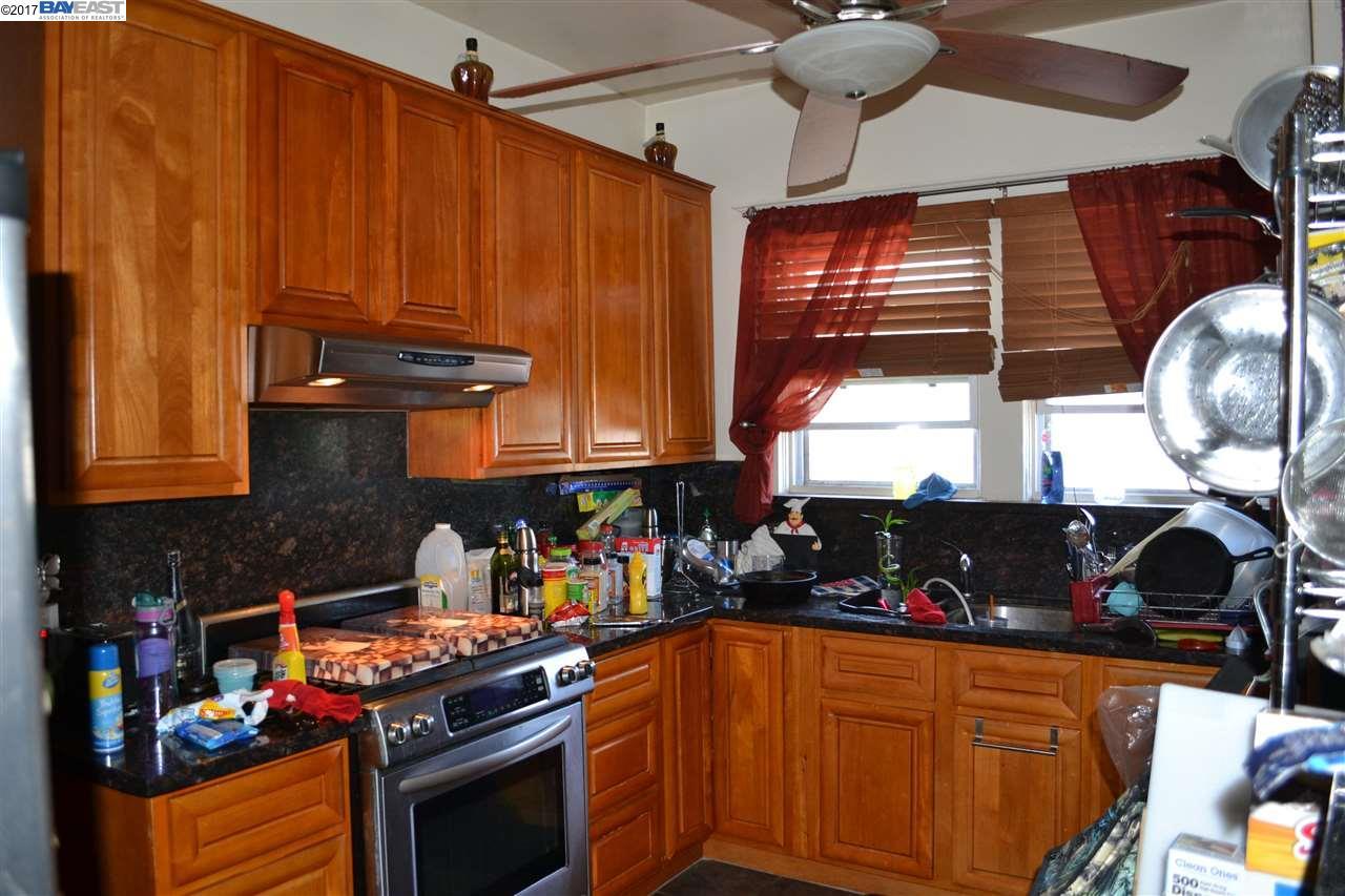 Additional photo for property listing at 688 43Rd Street  Oakland, California 94609 Estados Unidos