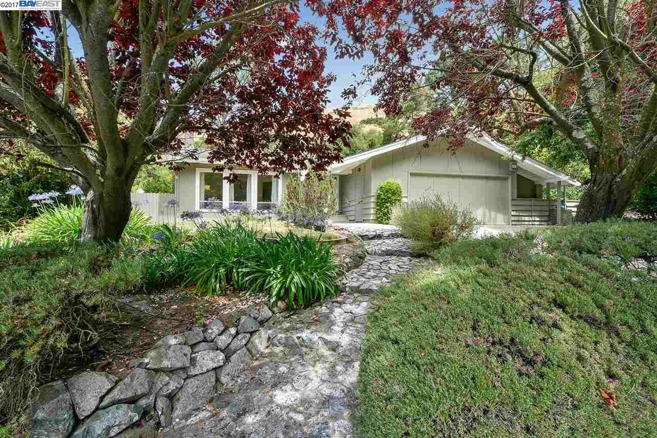 Single Family Home for Sale at 2571 PATRA DRIVE El Sobrante, California 94803 United States