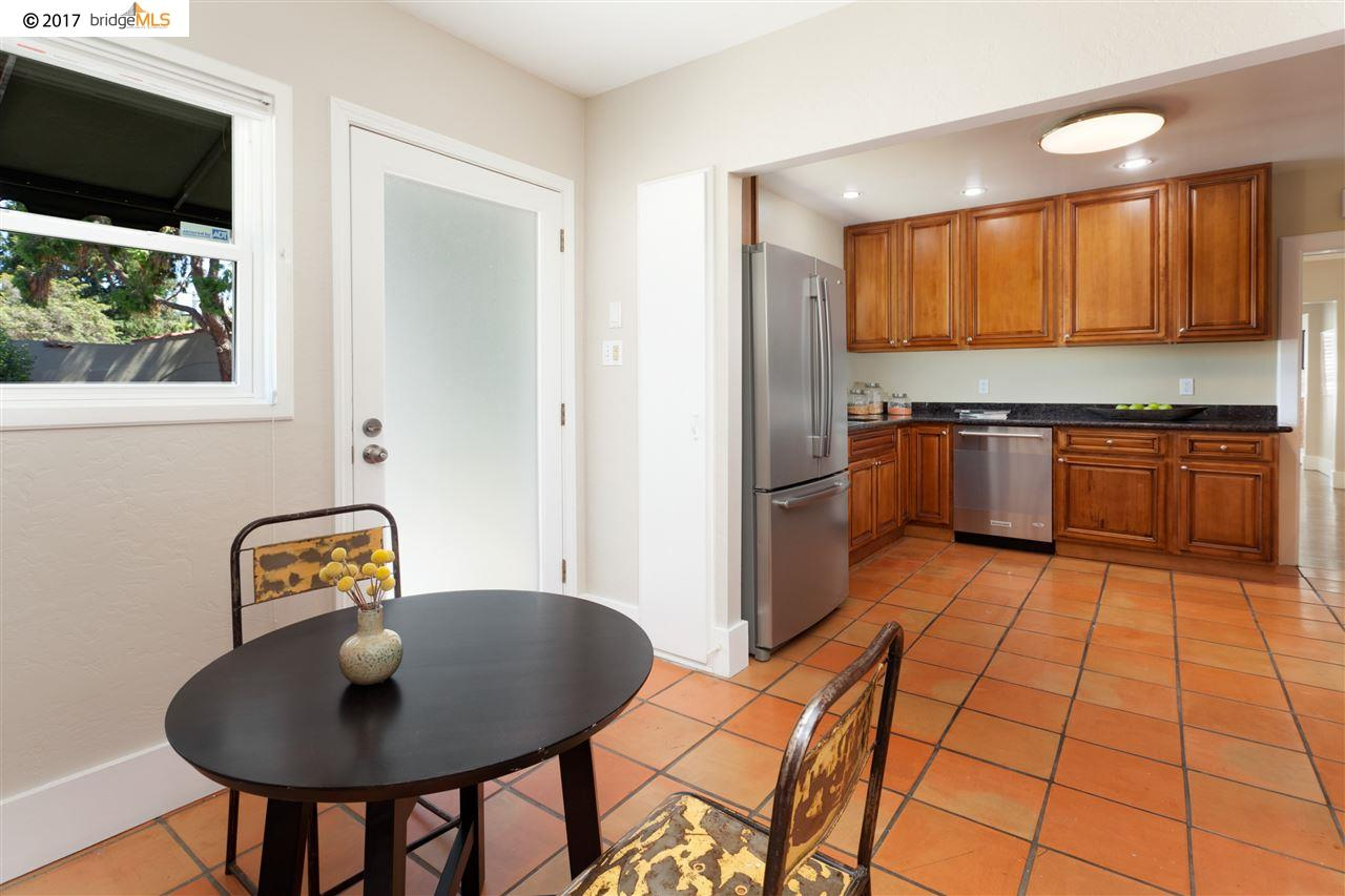 Additional photo for property listing at 4038 Brookdale Avenue  Oakland, California 94619 United States