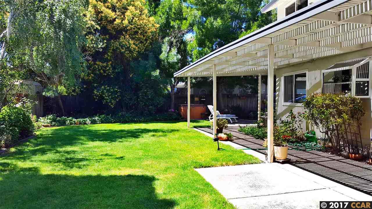 Additional photo for property listing at 1824 Jefferson Street  Concord, California 94521 United States
