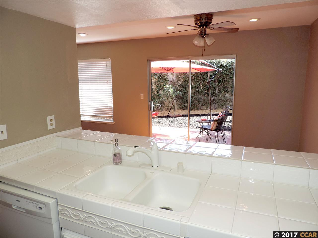Additional photo for property listing at 37902 Vallejo Street  Fremont, カリフォルニア 94536 アメリカ合衆国