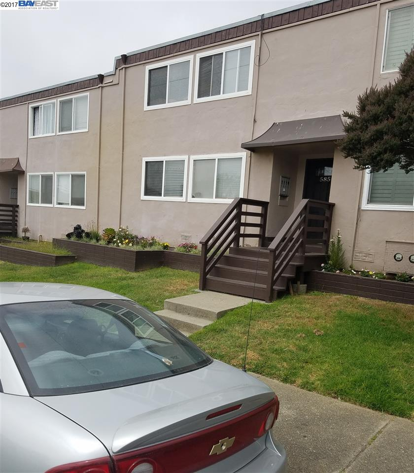 Additional photo for property listing at 585 Villa Street  Daly City, Californie 94014 États-Unis