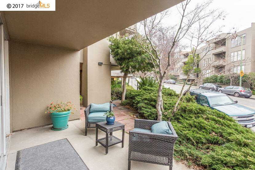 Additional photo for property listing at 5340 Broadway Terrace  Oakland, Kalifornien 94618 Vereinigte Staaten