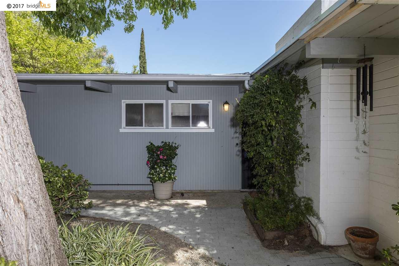 Additional photo for property listing at 1173 Raymond Drive  Pacheco, Kalifornien 94553 Vereinigte Staaten