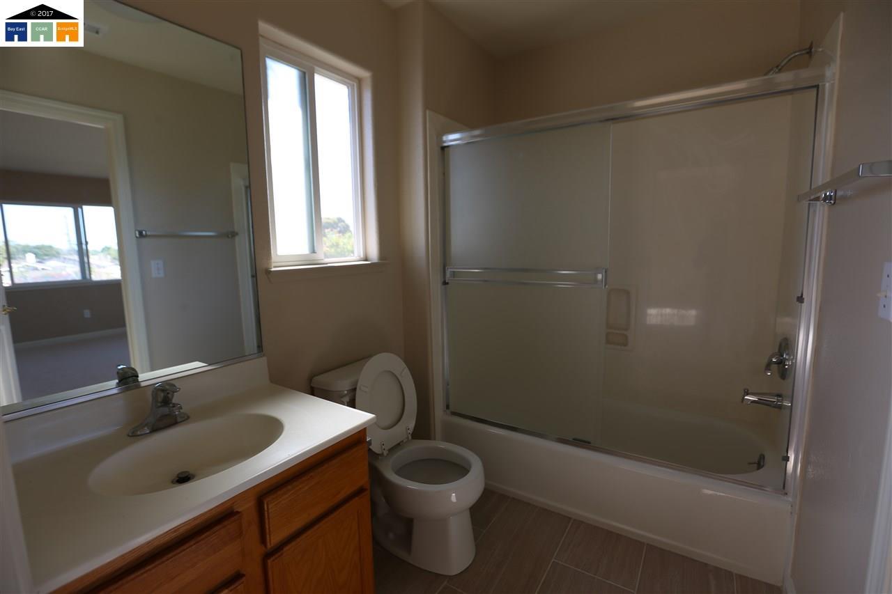 Additional photo for property listing at 20715 Grove Park Place  Hayward, Калифорния 94541 Соединенные Штаты