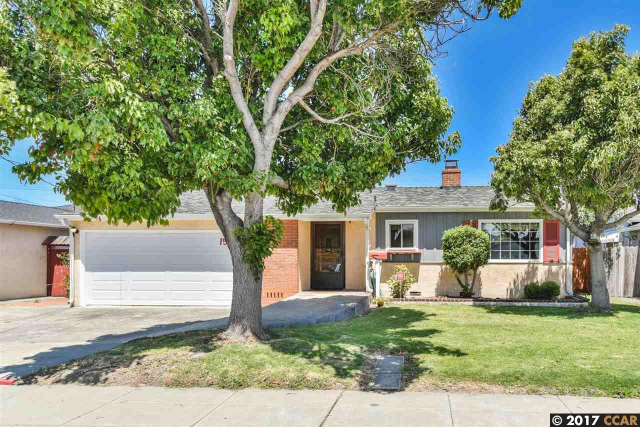 Single Family Home for Sale at 1557 Via Barrett San Lorenzo, California 94580 United States