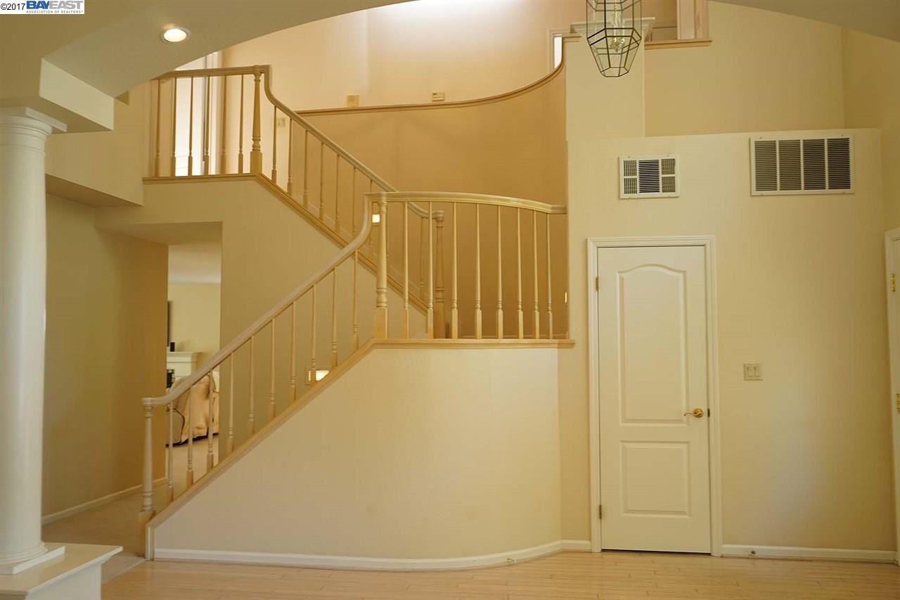 Additional photo for property listing at 674 Sun Tree Court  Danville, Калифорния 94506 Соединенные Штаты