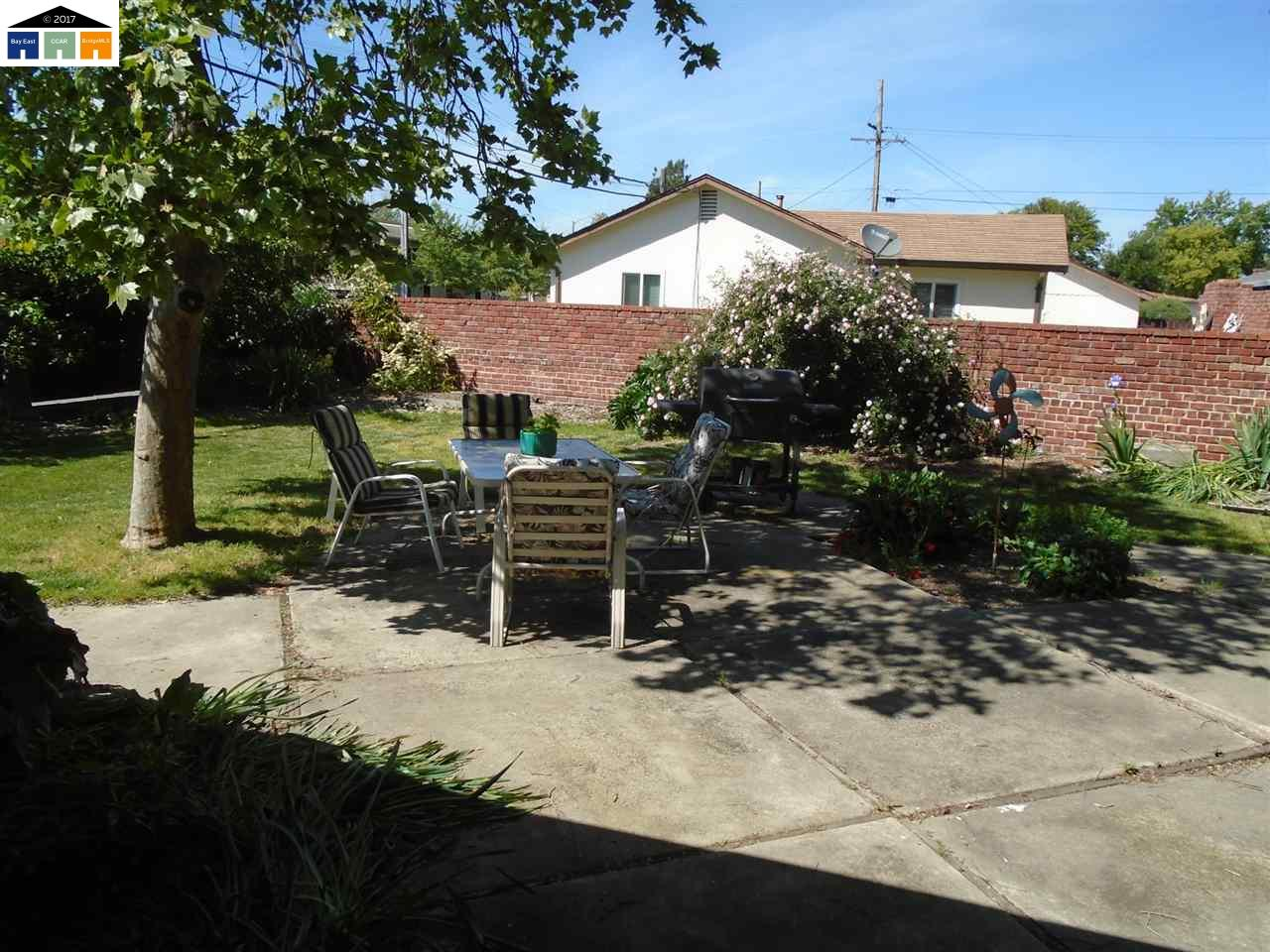 Additional photo for property listing at 1214 Aaron Street  Livermore, California 94550 Estados Unidos
