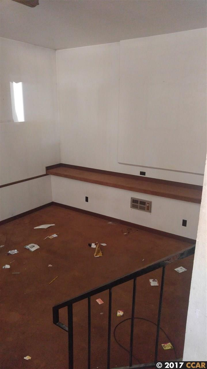 Additional photo for property listing at 1204 D Street  Hayward, Californie 94541 États-Unis