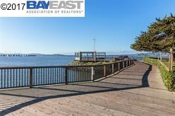 Condominio por un Venta en 3 Commodore Drive Emeryville, California 94608 Estados Unidos