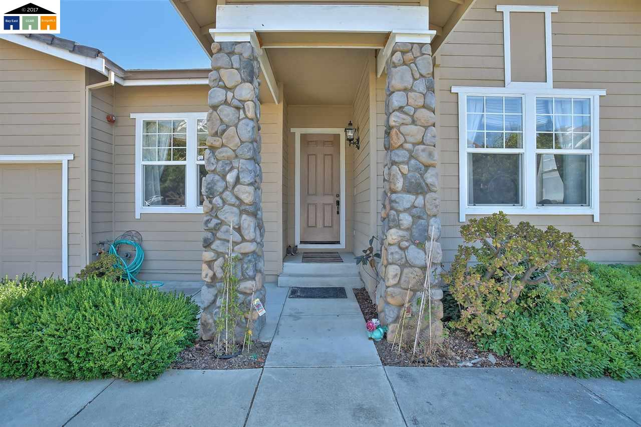 Additional photo for property listing at 30027 Woodthrush Place  Hayward, California 94544 United States