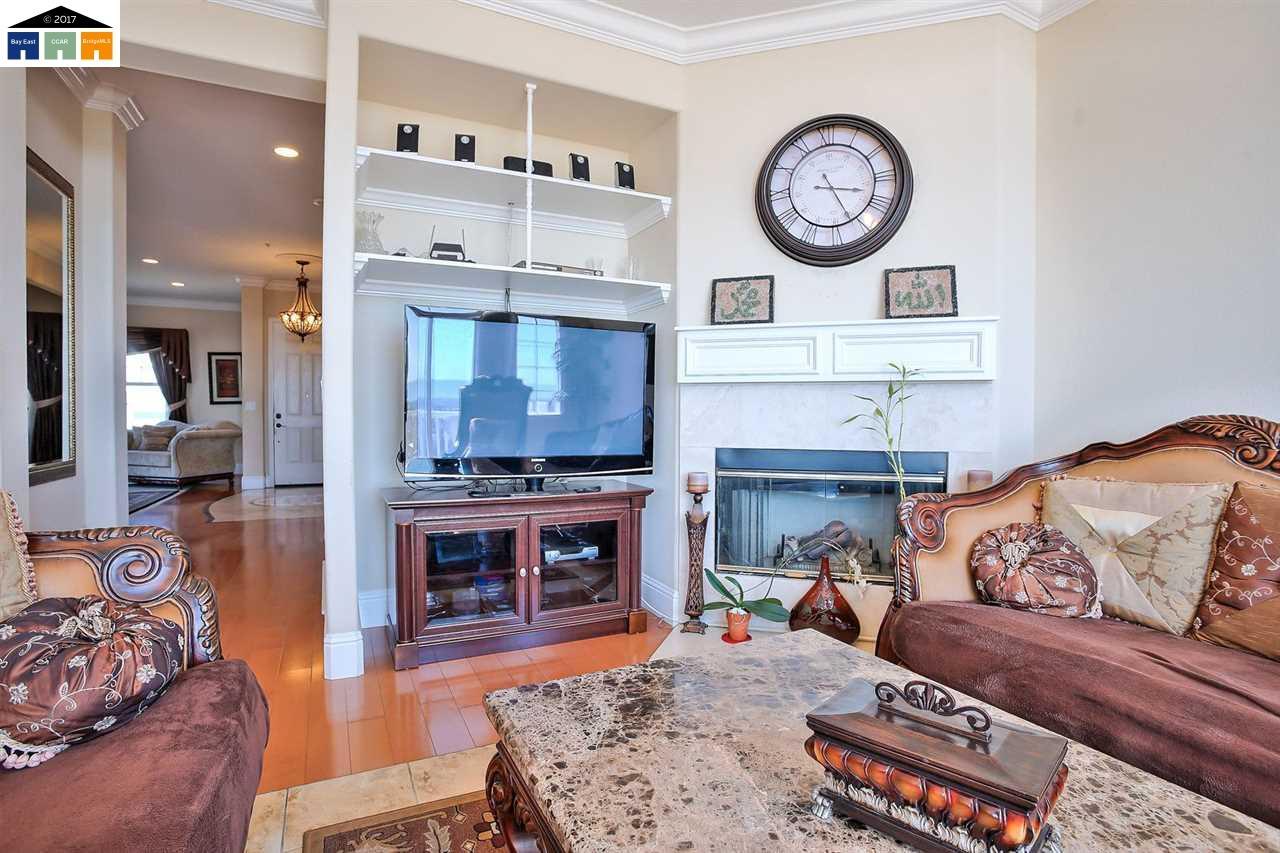 Additional photo for property listing at 30027 Woodthrush Place  Hayward, カリフォルニア 94544 アメリカ合衆国
