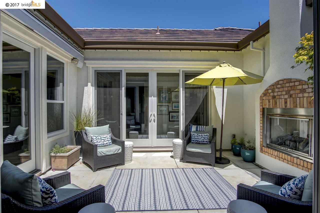 Additional photo for property listing at 1532 Symphony Circle 1532 Symphony Circle Brentwood, California 94513 Estados Unidos