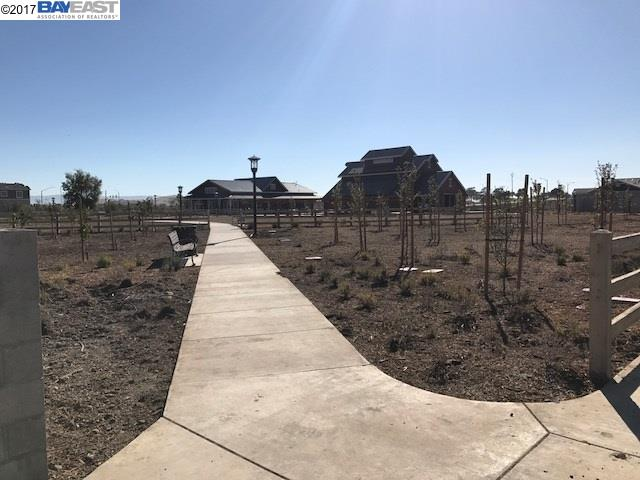 Additional photo for property listing at 33578 Maverick Loop 33578 Maverick Loop Fremont, Californie 94555 États-Unis