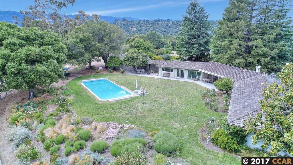獨棟家庭住宅 為 出售 在 8 Arastradero Road Portola Valley, 加利福尼亞州 94028 美國